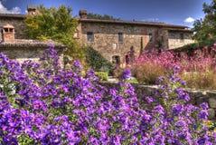 Κλασσικό Tuscan εξοχικό σπίτι 2 Στοκ Φωτογραφίες