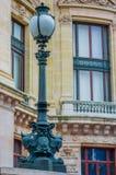 Κλείστε αυξημένος της λεπτομέρειας λαμπτήρων οδών στο Παρίσι στοκ φωτογραφία με δικαίωμα ελεύθερης χρήσης