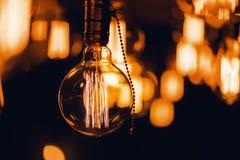 Κλείστε αυξημένος του καψίματος της λάμπας φωτός Στοκ Φωτογραφία