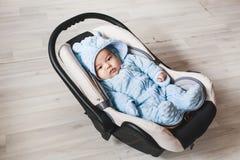 Κλείστε επάνω νέου - γεννημένο μικτό μωρό φυλών Ασιατικός και βρετανικός νέος - γεννημένο μωρό Στοκ Εικόνες