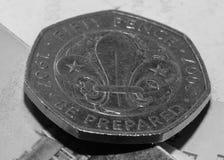 Κλείστε επάνω 50 πενών νομισμάτων με το σύμβολο της Fleur de Lis Στοκ Εικόνες