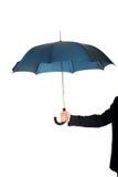 Κλείστε επάνω σε ετοιμότητα επιχειρηματιών με μια ομπρέλα στοκ φωτογραφία με δικαίωμα ελεύθερης χρήσης