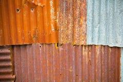Κλείστε επάνω σκουριασμένο γαλβανίζει το σίδηρο Στοκ Εικόνες