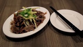 Κλείστε επάνω τα κινεζικά τρόφιμα φιλμ μικρού μήκους