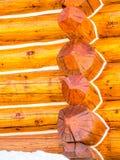 Κλείστε επάνω της κατασκευής καμπινών κούτσουρων Στοκ φωτογραφία με δικαίωμα ελεύθερης χρήσης