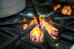 Κλείστε επάνω της κουζίνας αερίου Στοκ Φωτογραφίες