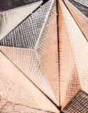 Κλείστε επάνω τη μεταλλική τρισδιάστατη διαμορφωμένη δομή Στοκ Φωτογραφίες