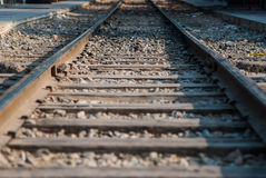 Κλείστε επάνω τις παλαιές διαδρομές σιδηροδρόμων Στοκ Φωτογραφίες