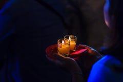 Κλείστε επάνω τους ανθρώπους που προσεύχονται για την καλές τύχη και την αφθονία Στοκ φωτογραφίες με δικαίωμα ελεύθερης χρήσης