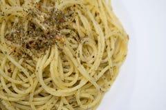 Κλείστε επάνω του κοκκίνου ζυμαρικών - καυτά πιπέρι και σκόρδο τσίλι Στοκ Εικόνα