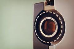 Κλείστε επάνω του παλαιού φακού προβολέων ταινιών 8mm Στοκ φωτογραφία με δικαίωμα ελεύθερης χρήσης