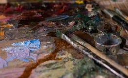 Κλείστε επάνω του artist& x27 εργαλεία του s Στοκ Φωτογραφίες