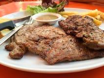 Κλείστε επάνω το χοιρινό κρέας μπριζόλας Στοκ Φωτογραφία