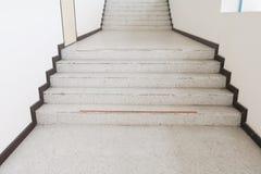 Κλείστε επάνω, τρόπος επάνω η βεράντα σκαλοπατιών, μαρμάρινο πάτωμα Στοκ Εικόνα
