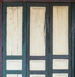 Κλείστε επάνω των αρχαίων ξύλινων πορτών Στοκ φωτογραφίες με δικαίωμα ελεύθερης χρήσης