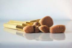 Κλείστε επάνω applicators βουρτσών makeup Στοκ Εικόνες