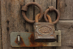 κλείδωμα σκουριασμένο Στοκ Φωτογραφία