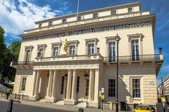 Κλειστή λέσχη των κυρίων του Λονδίνου το Athenaeum Στοκ Εικόνες