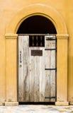 Κλειστή πόρτα ξύλινη Στοκ Εικόνες