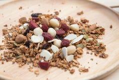 Κλειστός επάνω και υγιή τρόφιμα προγευμάτων θαμπάδων, granola, musli, όργανο Στοκ Εικόνα