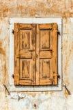 κλειστό παλαιό παράθυρο Στοκ Εικόνες