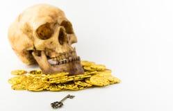 Κλειδί για να ξεκλειδώσει τον πλούτο σας Στοκ εικόνες με δικαίωμα ελεύθερης χρήσης