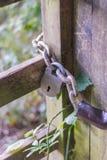 Κλειδαριά σε μια πύλη Στοκ Εικόνες
