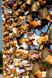 Κλειδαριές αγάπης στο Hill του Tang Kuan Στοκ φωτογραφία με δικαίωμα ελεύθερης χρήσης