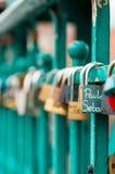 Κλειδαριές αγάπης ` s! Στοκ φωτογραφία με δικαίωμα ελεύθερης χρήσης