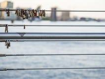 Κλειδαριές σε μια γέφυρα στην Κοπεγχάγη Στοκ φωτογραφία με δικαίωμα ελεύθερης χρήσης