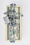 Κλειδωμένος σωρός των λογαριασμών δολαρίων Στοκ εικόνα με δικαίωμα ελεύθερης χρήσης