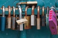 Κλειδώματα αγάπης! Στοκ εικόνα με δικαίωμα ελεύθερης χρήσης