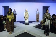 Κλιμακωτή επίδειξη μόδας Στοκ φωτογραφίες με δικαίωμα ελεύθερης χρήσης