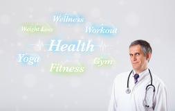 Κλινικός γιατρός που δείχνει τη συλλογή υγείας και ικανότητας του wor στοκ φωτογραφίες με δικαίωμα ελεύθερης χρήσης