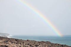 λάβα ροής πέρα από το ηφαίστειο ουράνιων τόξων Στοκ εικόνα με δικαίωμα ελεύθερης χρήσης