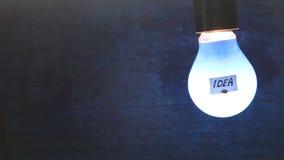 Λάμπα φωτός με την ιδέα λέξης απόθεμα βίντεο