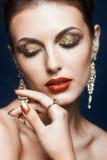 Λάμποντας πρόσωπο makeup στοκ φωτογραφία