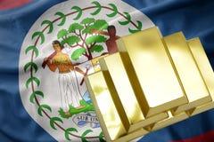 Λάμποντας χρυσές ράβδοι στη σημαία της Μπελίζ Στοκ Εικόνες