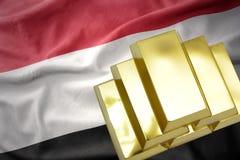 Λάμποντας χρυσές ράβδοι στη σημαία της Υεμένης Στοκ Εικόνες