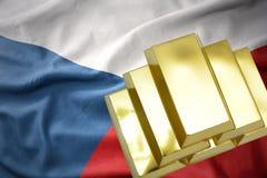 Λάμποντας χρυσές ράβδοι στη σημαία Τσεχιών Στοκ φωτογραφίες με δικαίωμα ελεύθερης χρήσης