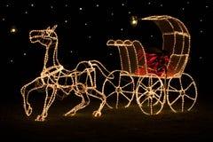 Λάμποντας horse-drawn μεταφορά Χριστουγέννων Στοκ εικόνες με δικαίωμα ελεύθερης χρήσης