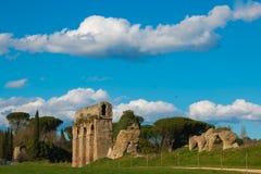 Λάτσιο ladscape με το αρχαίο ρωμαϊκό υδραγωγείο Στοκ φωτογραφίες με δικαίωμα ελεύθερης χρήσης