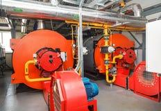 Λέβητες αερίου στο δωμάτιο λεβήτων αερίου για την παραγωγή ατμού Στοκ Εικόνα