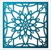 Λέιζερ που κόβει την τετραγωνική επιτροπή Δικτυωτό floral σχέδιο με το mandala Στοκ φωτογραφίες με δικαίωμα ελεύθερης χρήσης