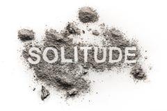 Λέξη μοναξιάς που γράφεται στον γκρίζο ρύπο ως πρόβλημα συγκίνησης ψυχολογίας Στοκ εικόνα με δικαίωμα ελεύθερης χρήσης