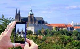 Λήψη μιας φωτογραφίας Στοκ φωτογραφία με δικαίωμα ελεύθερης χρήσης