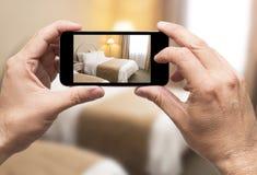 Λήψη του δωματίου ξενοδοχείου εικόνων Στοκ Εικόνα