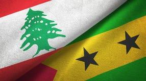 Λίβανος και Σάο Τομέ και Πρίντσιπε δύο υφαντικό ύφασμα σημαιών, σύσταση υφάσματος ελεύθερη απεικόνιση δικαιώματος