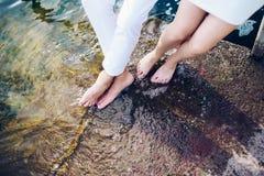 Λίγα πόδια στο νερό Στοκ φωτογραφία με δικαίωμα ελεύθερης χρήσης