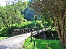 Λίγη γέφυρα σε μια κοιλάδα στην Ουγγαρία στοκ φωτογραφίες με δικαίωμα ελεύθερης χρήσης